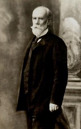 Тадеуш Ріотр Дзядущицький (Tadeusz Piotr Dzieduszycki)  - н. 27 вересня 1841 - п. 5 серпня 1918 у Львові. Шляхтич