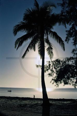 Rising sun over Bazaruto Bay, Vilanculos, Mozambique