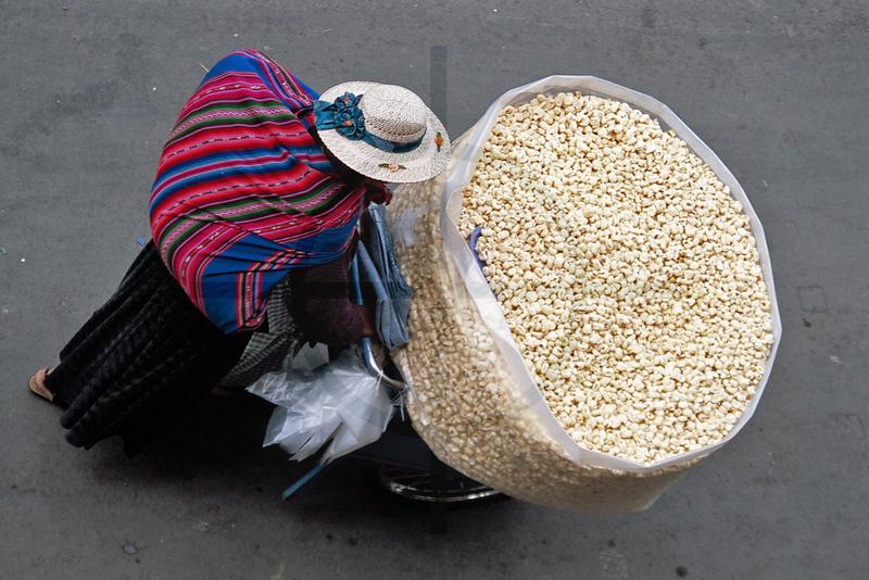 Popcorn vendor, La Paz, Bolivia