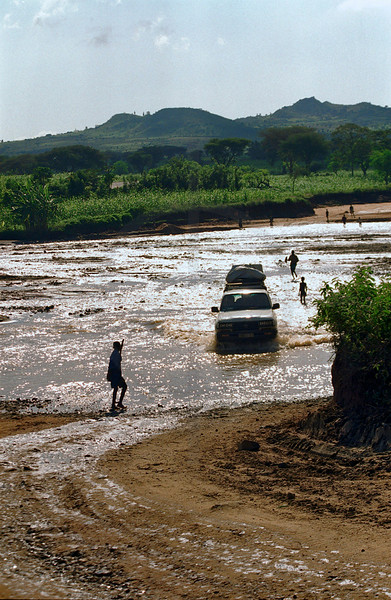 River crossing by car, Southern Ethiopia
