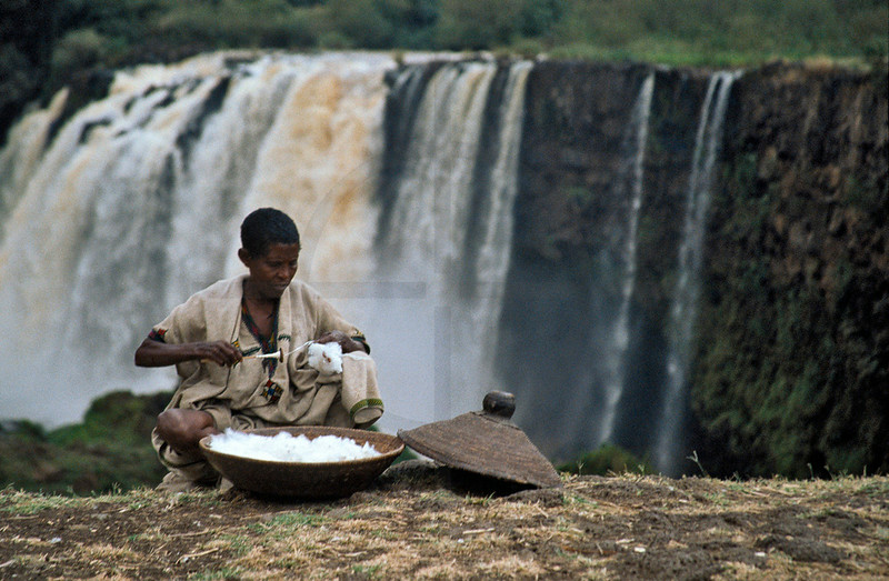 Woman spinning, Blue Nile Falls, Northern Ethiopia