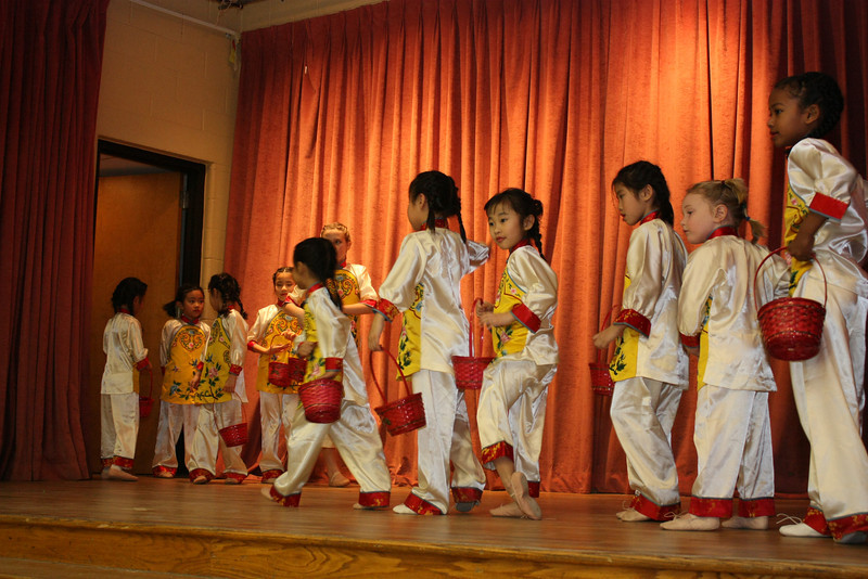 Flower Basket 花籃 – Children's Dance Club