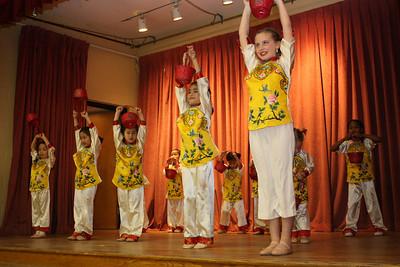 Flower Basket 花籃 – Children's Dance Club