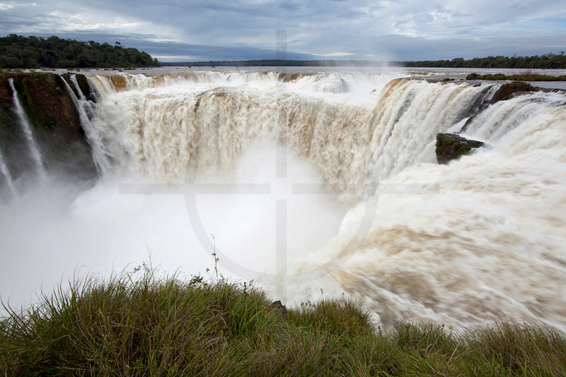 Devil's Throat , Iguazu Falls, Brazil and Argentina
