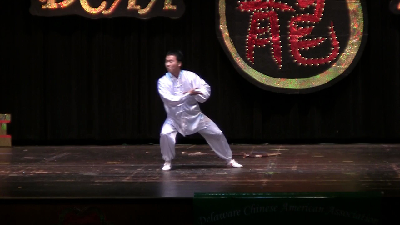Kung Fu: Boxing, Nunchaku  功夫 拳术, 双节棍<br /> Delaware State University, 特拉华州立大学邹立业 等