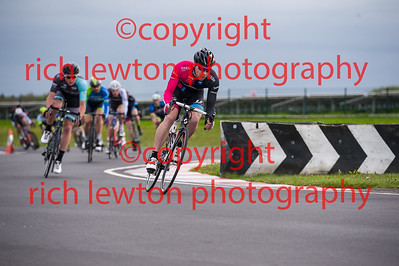 combe_rd1-20150507-0359