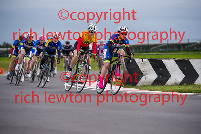 combe_rd1-20150507-0367