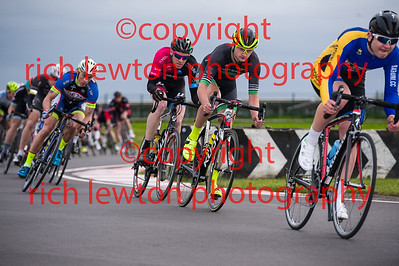 combe_rd1-20150507-0361