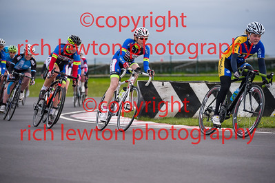 combe_rd1-20150507-0368