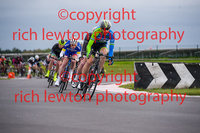combe_rd1-20150507-0360