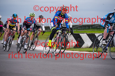 combe_rd1-20150507-0369