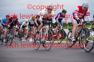 combe_rd1-20150507-0353
