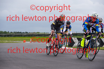 combe_rd1-20150507-0366