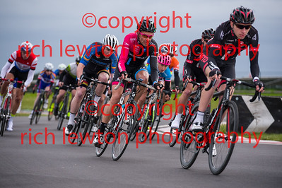 combe_rd1-20150507-0364