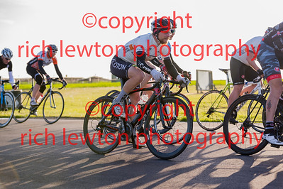 combe_rd3-20150521-0008