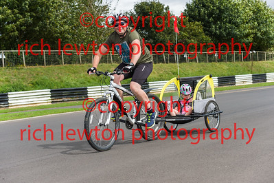 castle_combe_family_day-20160828-0020