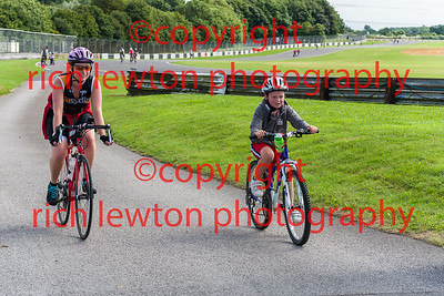 castle_combe_family_day-20160828-0005