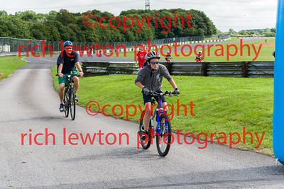 castle_combe_family_day-20160828-0008