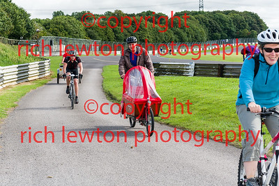 castle_combe_family_day-20160828-0011