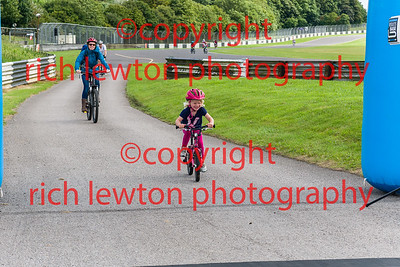 castle_combe_family_day-20160828-0012