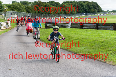 castle_combe_family_day-20160828-0010