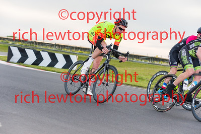 combe_summer_rd1-20160505-0087