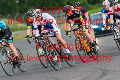 combe-summer-rd7-20160616-0122