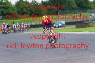 combe-summer-rd7-20160616-0118