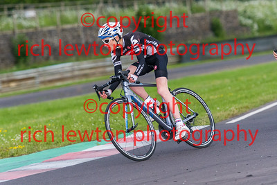 combe-summer-rd7-20160616-0113