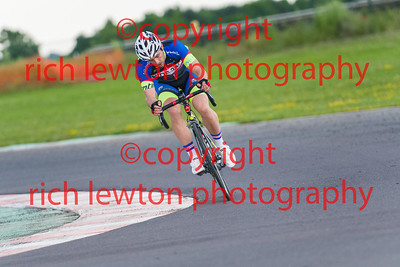 combe-summer-rd7-20160616-0100