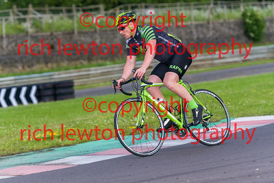 combe-summer-rd7-20160616-0112