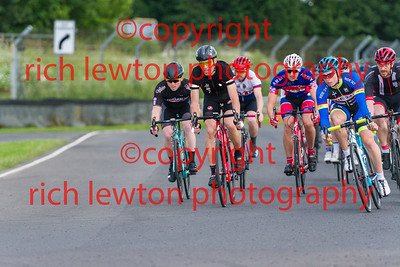 combe-summer-rd7-20160616-0108