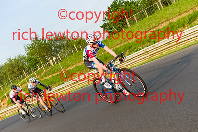 combe_summer_rd2-20160512-0021