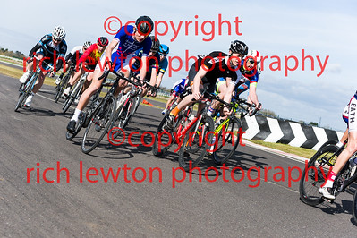 combe_easter-20160325-0177