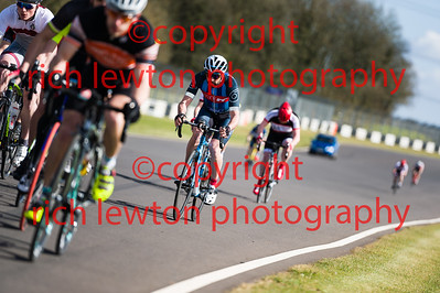 combe_easter-20160325-0022