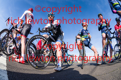 combe_easter-20160325-0460