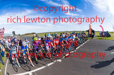 combe_easter-20160325-0303