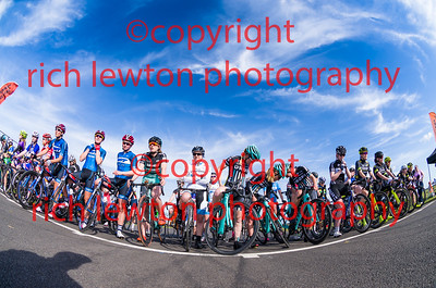 combe_easter-20160325-0302