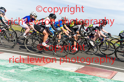combe_easter-20160325-0333