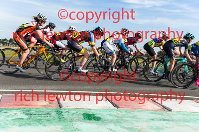 combe_easter-20160325-0338
