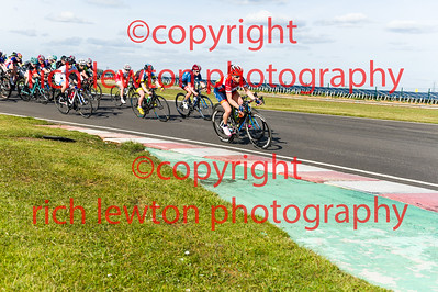 combe_easter-20160325-0324