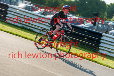 combe-summer-rd4-20160526-0040