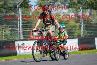 combe-family-day-20170827-0015