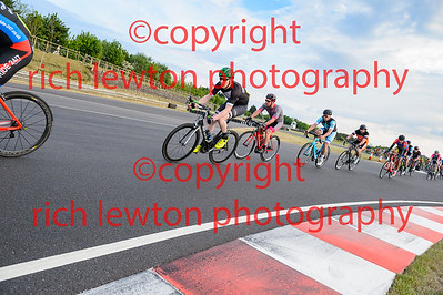 combe-rd2-20170511-0004