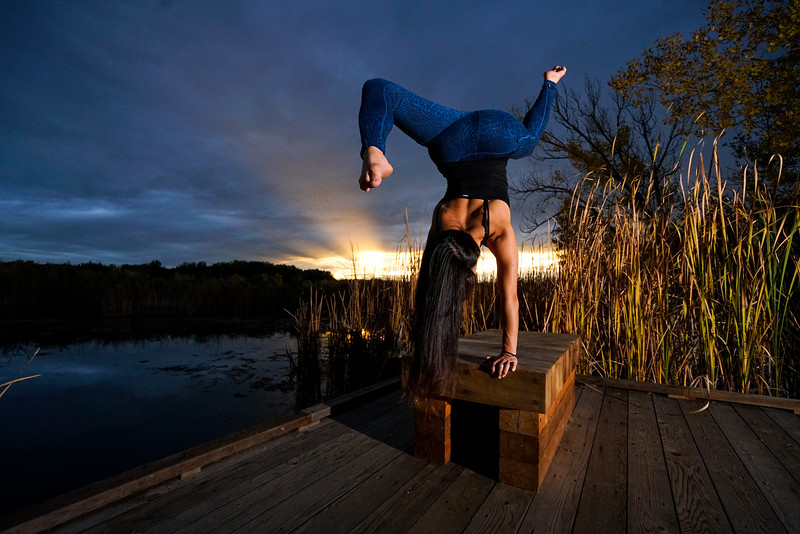 Taylor balancing at the Ponds 1/1000 F/5 with Elinchrom Hi-Sync