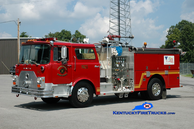 <center> Breeding  Engine 3 <br> x-Fairdale, KY; Marrowbone, KY  <br> 1978 Mack CF/1991 Summit 1000/750 <br> Greg Stapleton photo </center>