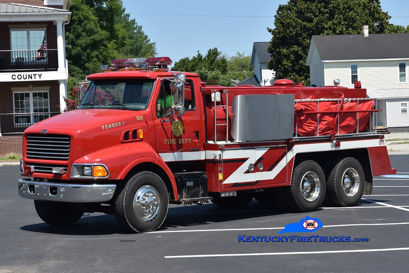 Columbia-Adair County Tanker 125<br /> x-Deer River, MN<br /> 1999 Sterling/2019 Kirvida Fire 500/3000<br /> Greg Stapleton photo