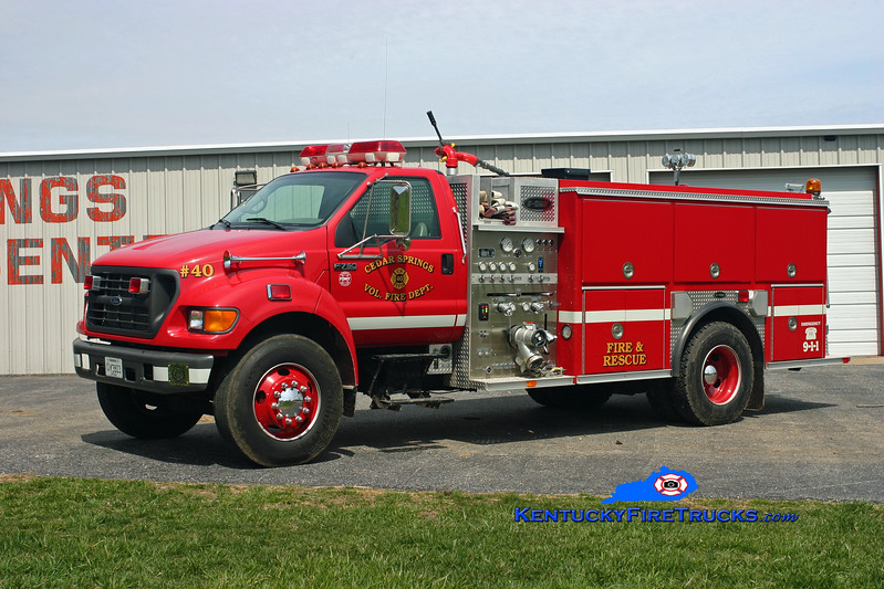 <center> Cedar Springs #1  Engine 40 <br> 1999 Ford F-750/E-One 1250/1000 <br> Kent Parrish photo </center>