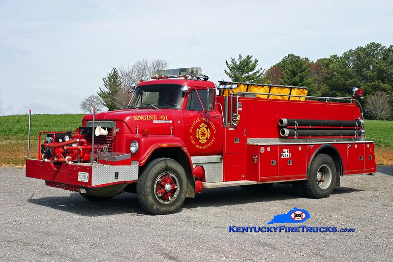 <center> RETIRED <br> Halifax  Engine 51 <br> x-Northpark, IL  <br> 1977 International 2050/Grumman 250/1000 <br> Kent Parrish photo </center>