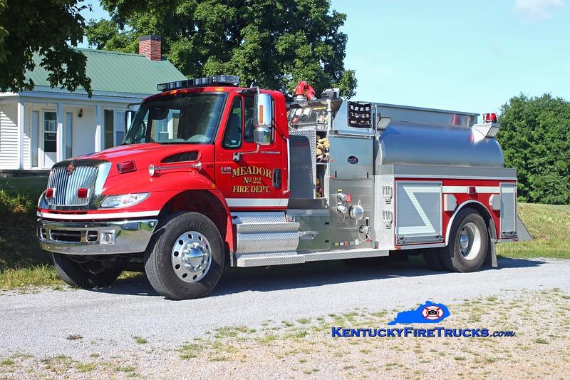 <center> Meador  Engine 22 <br> 2008 International 4400/Bluegrass 1250/2000 <br> Kent Parrish photo <br> </center>